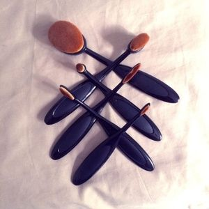 Other - Paddle Makeup Brush Set